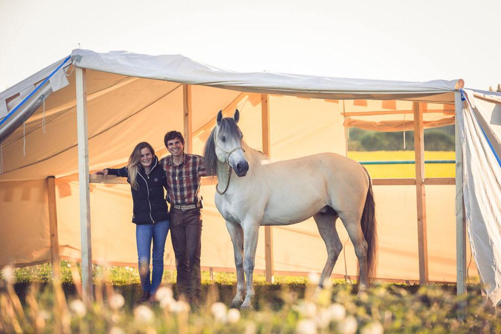 Equilumina-Zelten-mit-Pferd (5)
